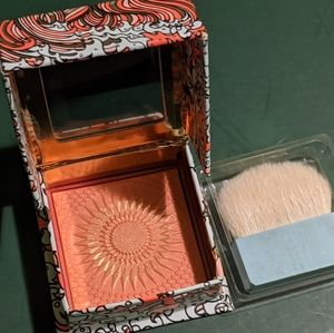 NEW! Benefit Blush in GALifornia